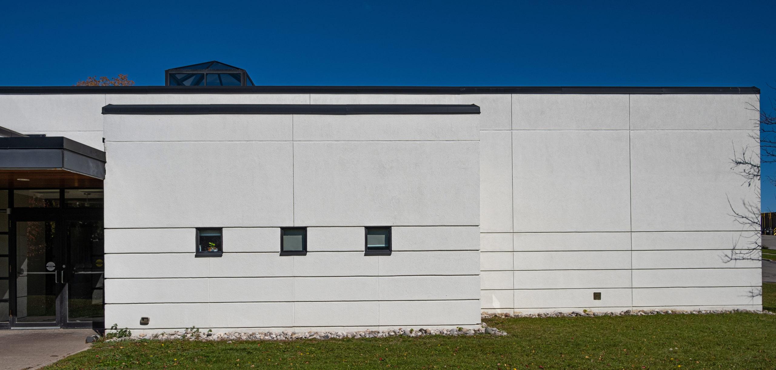 Bradford West Gwillimbury Health Centre, Adjacent to Main Entrance, Gordon + Gordon Group, Owner Representative